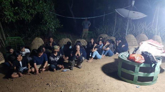 Sat Reskrim Polres Wajo membongkar judi dadu di Desa Kalola, Kecamatan Maniangpajo, Kabupaten Wajo, Kamis (28/11/2019) lalu. TRIBUN TIMUR/HARDIANSYAH ABDI GUNAWAN