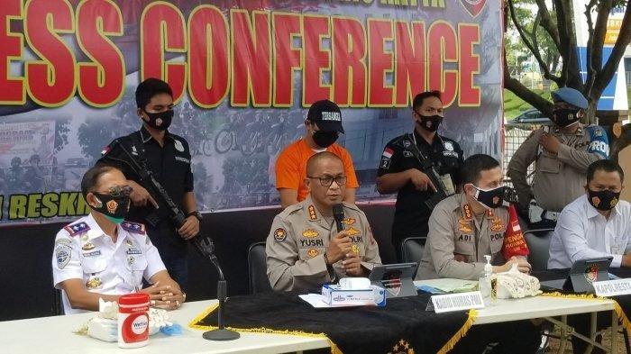 Oknum Petugas Medis yang Lecehkan dan Tipu Penumpang Pesawat Belum Berstatus Dokter