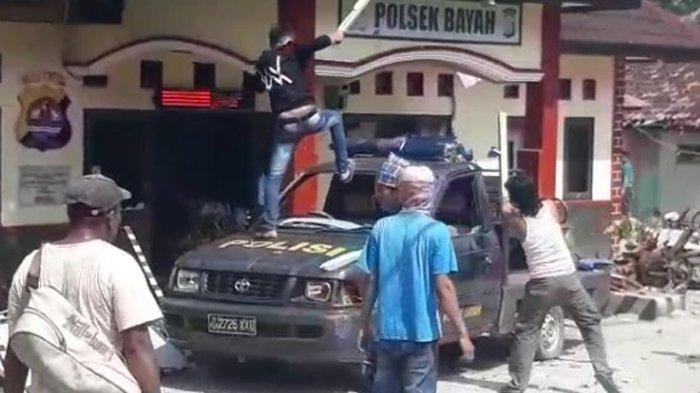 Nelayan Mengamuk di Mapolsek Bayah, Sebuah Mobil dan Empat Motor Dibakar