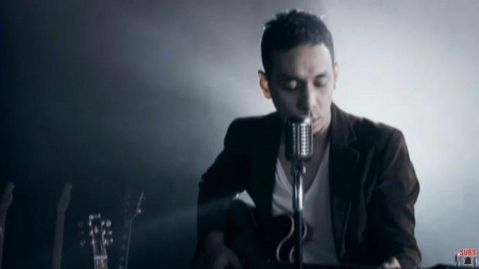 Chord Gitar Aku Milikmu (Malam Ini) - Pongki Barata: Aku Milikmu Malam Ini Kan Memelukmu Sampai Pagi