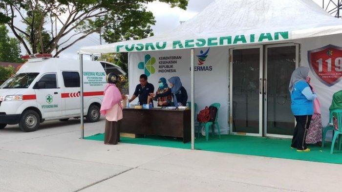 Komentar Permintaan masyarakat Natuna akan adanya tenaga psikiater di posko kesehatan kembali dikabulkan. Seperti pada posko kesehatan yang ada di kota ranai, tepatnya di pantai Piawang. Tidak saja mensiagakan dokter dan perawat, posko ini juga dilengkapi dengan tenaga psikiater yang didatangkan langsung dari Jakarta oleh Kemenkes RI, Jumat (7/2/2020).
