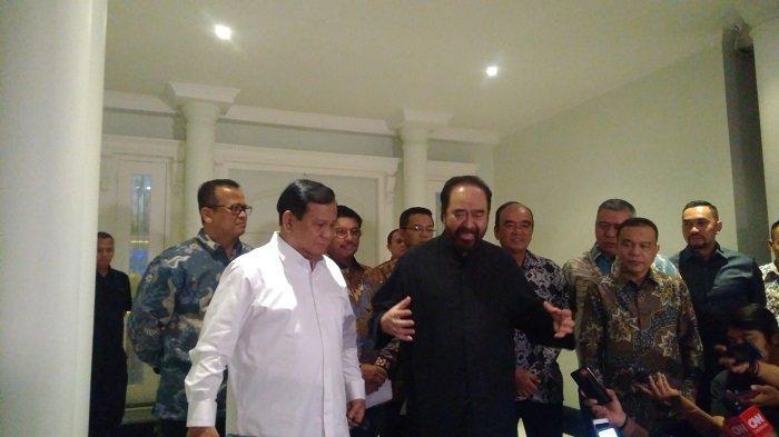 Ketua Umum Gerindra Prabowo Subianto menyambangi Kediaman Ketua Umum NasDem Surya Paloh di kawasan Permata Hijau, Jakarta,  Minggu, (13/10/2019).