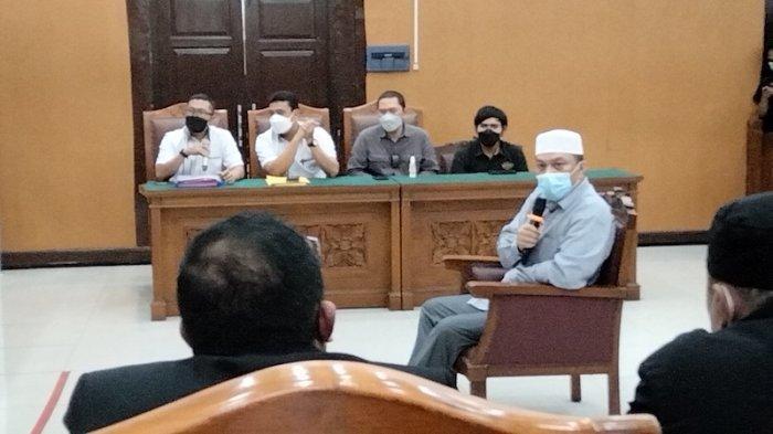 Ustaz Yahya Waloni Cabut Praperadilan, Hakim Perintahkan Penasehat Hukum Keluar