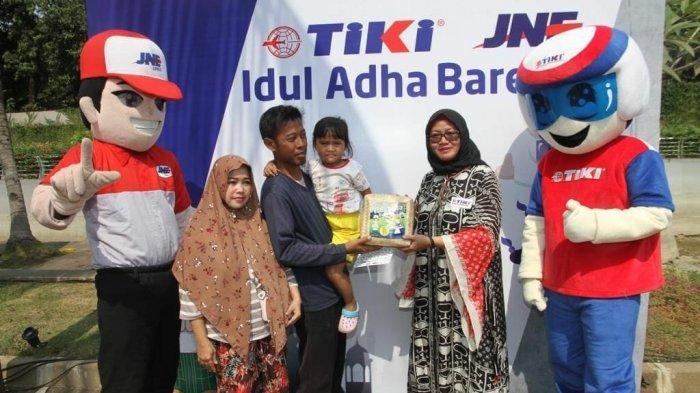 Rayakan Idul Adha, TIKI dan JNE Bagikan 5.000 Paket Daging Kurban ke Warga