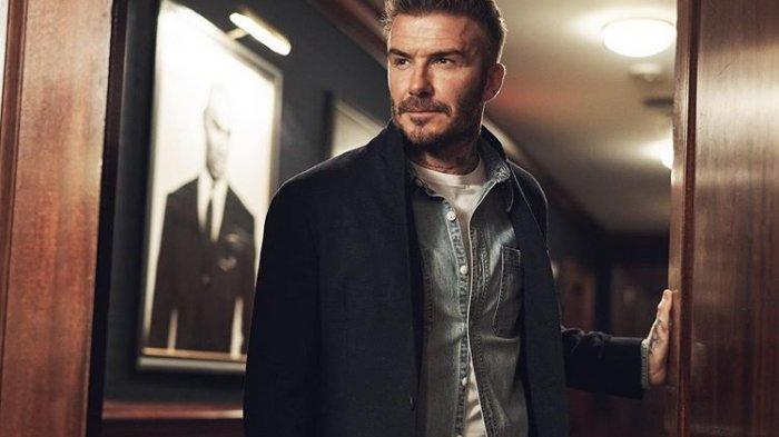 Wajah Tampan David Beckham Gagal Buat Fans Man United Berubah Pikiran Soal Jersey Baru
