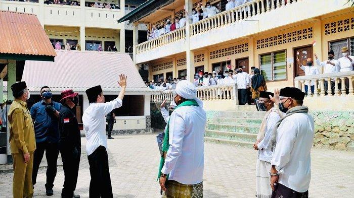 Presiden Jokowi Senang Santri Antusias Ikuti Vaksinasi Covid-19