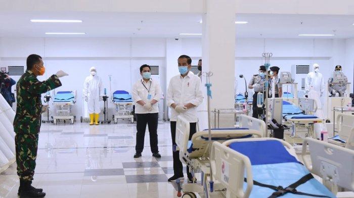 Presiden Joko Widodo saat meninjau wisma atlet yang akan dijadikan rumah sakit darrat khusus menangani pasien Covid-19