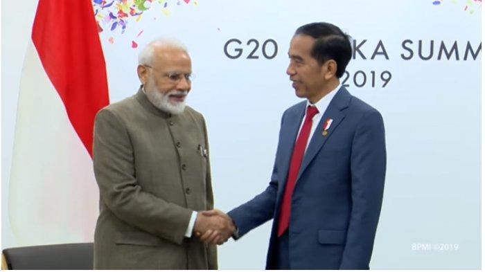 Kerja sama ekonomi dan maritim, menjadi pokok-pokok pembicaraan saat Presiden Joko Widodo mengadakan pertemuan bilateral dengan Perdana Menteri India, Narendra Modi. Pertemuan keduanya tersebut digelar di sela-sela Konferensi Tingkat Tinggi (KTT) G20, di INTEX, Osaka, Jepang, Sabtu (29/6/2019).
