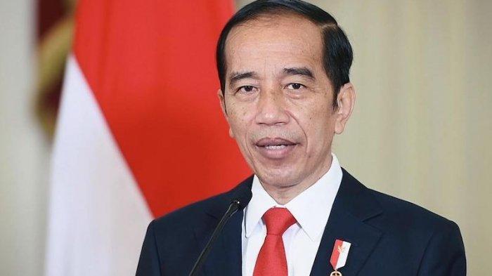 Jokowi Minta Relawan Bantu Pemerintah Tangani Covid dan Tak Tergesa-gesa Soal Pilpres 2024