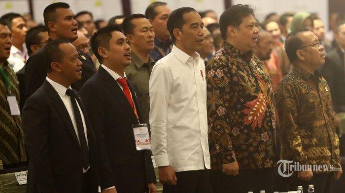 Jokowi Bakal Acungkan 2 Jempol ke DPR Jika RUU Omnibus Law Disahkan dalam 100 Hari