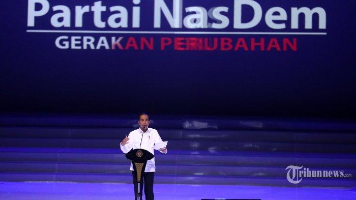 Presiden Joko Widodo memberikan sambutan saat menghadiri Perayaan Ulang Tahun ke-8 Partai nasdem di JIExpo, Jakarta, Senin (11/11/2019). Acara tersebut sekaligus penutupan Kongres ke-II Partai Nasdem. TRIBUNNEWS/IRWAN RISMAWAN