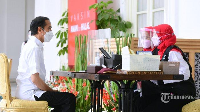 Jokowi: Vaksinasi Disiapkan 30 Ribu Vaksinator, 10 Ribu Puskesmas, dan 3 Ribu RS