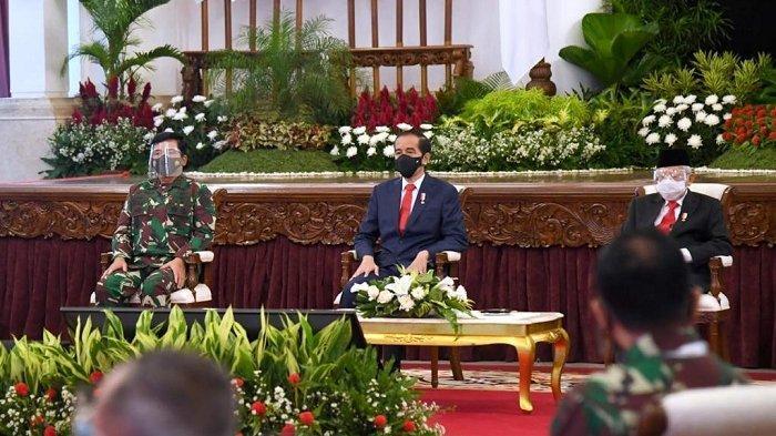 Presiden Jokowi saat membuka Rapim TNI/Polri di Istana Negara, Jakarta Pusat, Senin (15/2/2021).