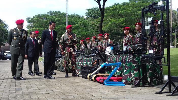 Di Depan Prajurit Kopassus, Jokowi: Dalam Keadaan Darurat, Saya Gerakkan