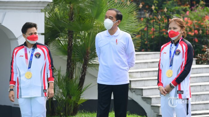 Siap Gantung Raket dan Jadi Pengusaha, Greysia Tawarkan Jokowi Produk Sepatu Seharga Rp 1,1 Juta