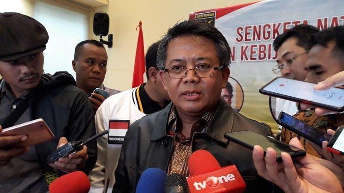 Presiden Partai Keadilan Sejahtera (PKS) Sohibul Iman usai diskusi bertajuk Sengketa Natuna dan Kebijakan Kelautan di kantor DPP PKS, Jalan TB Simatupang, Jakarta Selatan, Senin (20/1/2020).