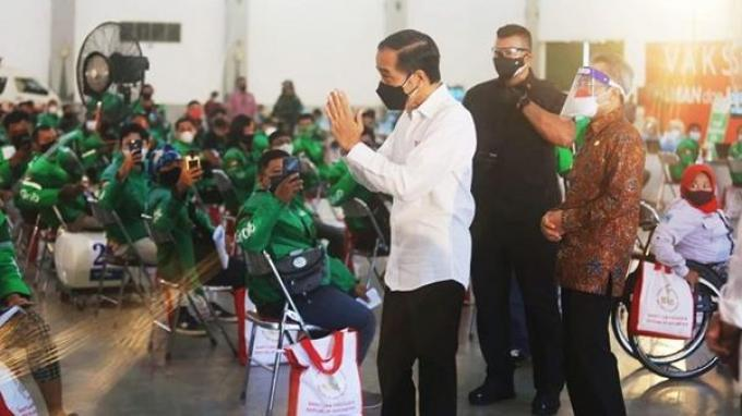 Presiden Jokowi Tinjau Grab Vaccine Center Yogyakarta, Pusat Vaksinasi Ramah Penyandang Disabilitas
