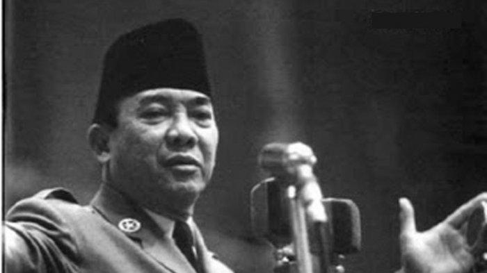 Presiden Soekarno.