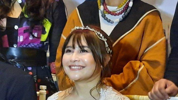 Prilly Latuconsina bermain di Get Married' series.