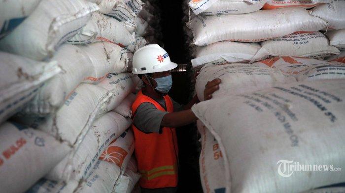Jokowi Tegaskan Tak Impor Beras Sampai Akhir Juni, Repdem Desak Menko Perekonomian Cabut Perintah