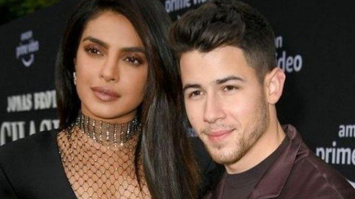 Demi Bantu India Lawan Krisis Covid-19, Priyanka Chopra dan Nick Jonas Galang Dana