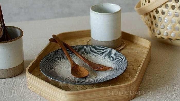 Produk alat makan bambu dari Studio Dapur.