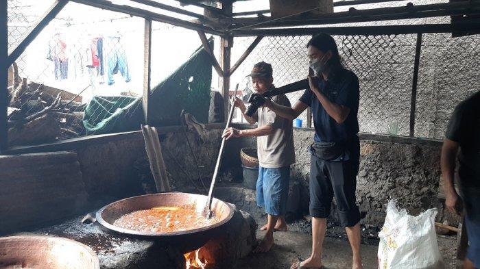 Produsen Dodol di Bojonggede Bogor Banjir Orderan
