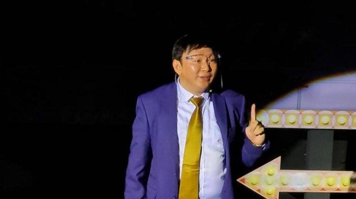 Produser Film Harry BTP Rayakan Ulang Tahun Tak Biasa, Bikin Operet Stage of Dream di Bioskop
