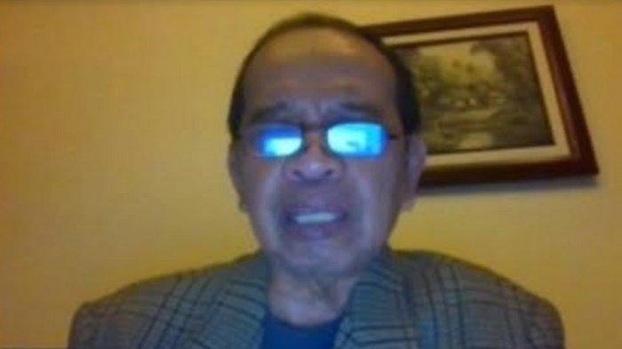 Prof. Andi Asadul Islam, Ph.D,MD, sekaligus ketua PP Perhimpunan Dokter Spesialis Bedah Indonesia saat acara webinar bertajuk Menelisik Sunat Bagi Pria Dewasa, Kamis (8/4/2021).