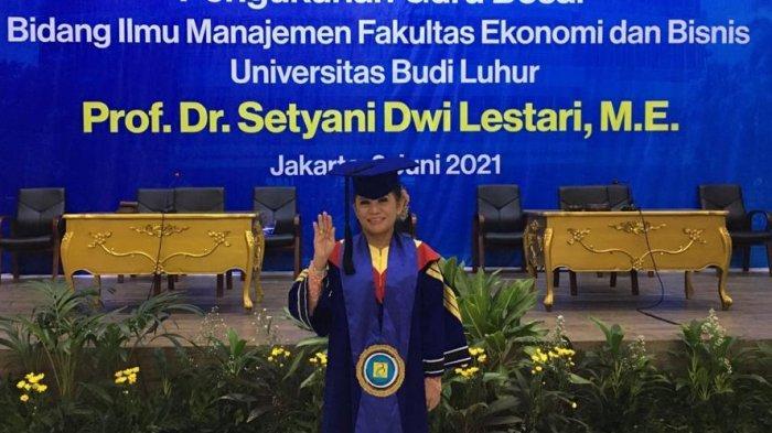Prof DR Setyani Dwi Lestari ME Dikukuhkan Jadi Guru Besar Ilmu Manajemen Universitas Budi Luhur