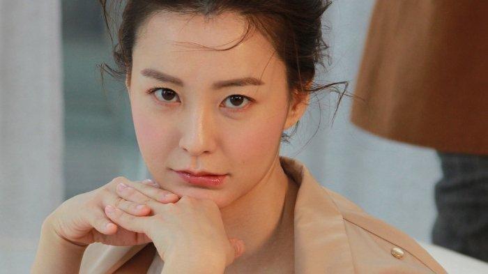 Profil Jung Yu Mi, Pemeran Kim Ji Young dalam film Kim Ji-Young: Born 1982