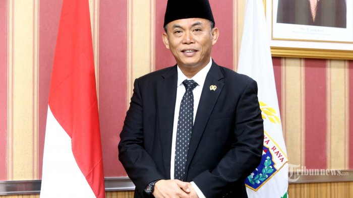 Fokus Wabah Corona di Jakarta, Ketua DPRD DKI Minta Gubernur Anies Batalkan Formula E di Monas