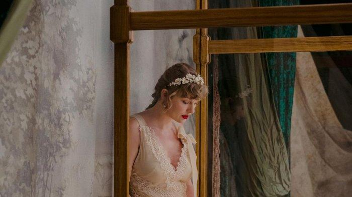 Download MP3 Willow - Taylor Swift, Disertai Lirik Lagu