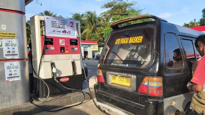 Hari Pertama PLB di Pangkalpinang, Pengemudi Angkot Antusias Nikmati BBM Pertalite Seharga Premium