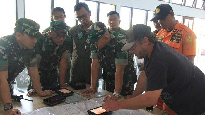 Cari Helikopter Hilang Kontak di Papua, Posko SAR Oksibil Lakukan Kontak Radio ke 34 Distrik