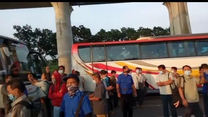 Dirlantas Polda Metro Komentari Video Pekerja Protes Tak Bisa Melintas di Jalur Tol Cikarang