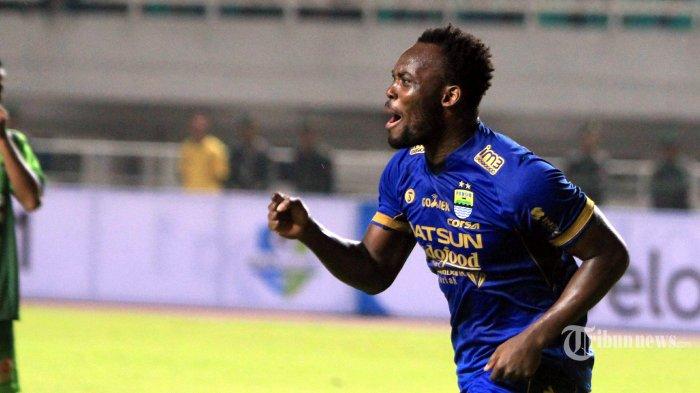 Media Ghana Sebut Persib Bandung Akan Lepas Michael Essien