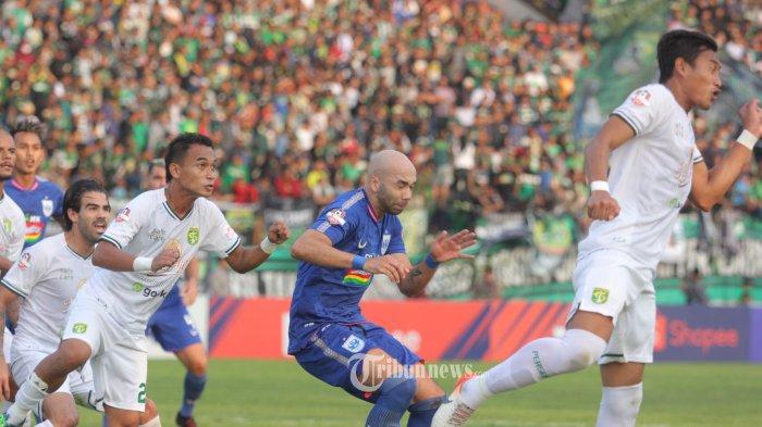 Pertandingan Liga 1 2019 pekan kesembilan belas, PSIS Semarang vs Persebaya Surabaya di Stadion Moch Soebroto, Magelang, Jumat (20/9/2019) sore. (TRIBUN JATENG/arl/ariel