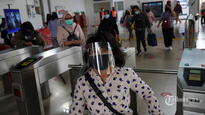KAI Commuter Batasi Penumpang KRL di Bawah 18 Tahun Selama Perpanjangan PPKM Darurat