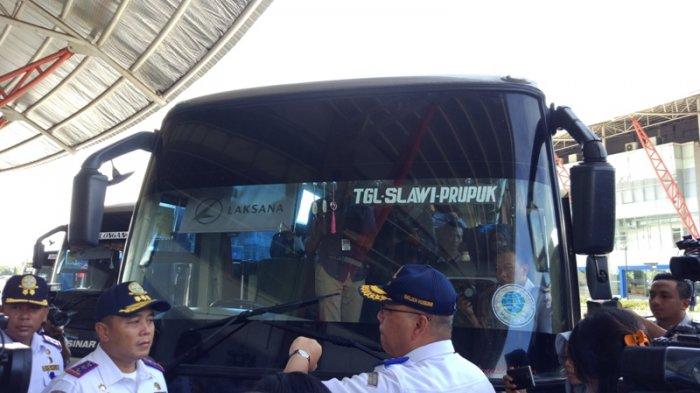 Pastikan Safety Belt Bus Berfungsi, Pudji Ingatkan Pengemudi Hati-hati di Jalan