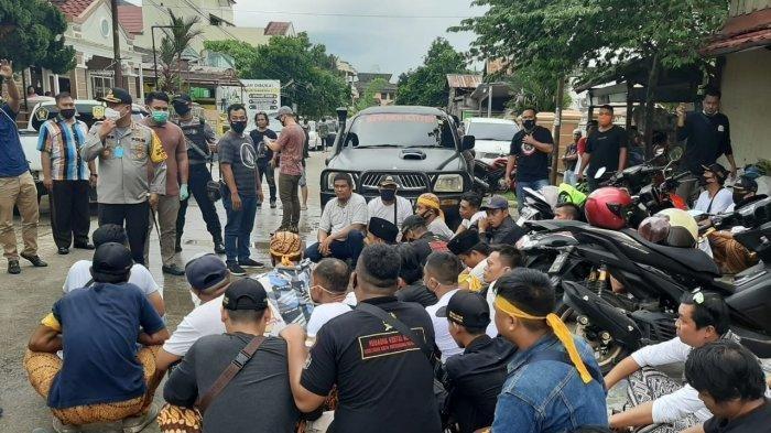 Puluhan Anggota Ormas Geruduk Perkantoran di Samarinda, Sempat Sekap Karyawan