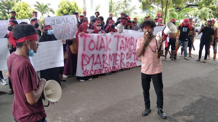 Desak Penangguhan Operasi Tambang Marmer, Pemuda Taniwel Kembali Unjuk Rasa di DPRD Maluku