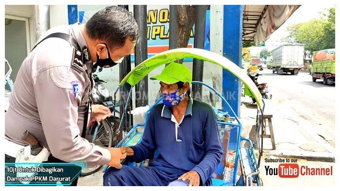 VIRAL Aksi Polisi Bagi-bagi Uang Total Rp 10 Juta pada Tukang Ojek, Becak, dan Pedagang Asongan