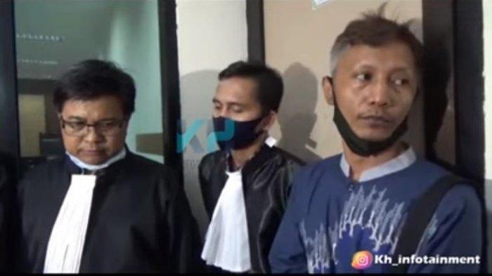 Putra Muhammad Idris, Lukman Hakim menjelaskan perihal kronologi sengketa tanah antara ayahnya dengan aktor tanah air, Mat Solar.