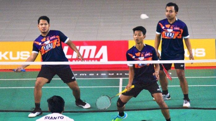 Putra-Putri UNY Pertahankan Gelar LIMA Badminton CJYC 2018