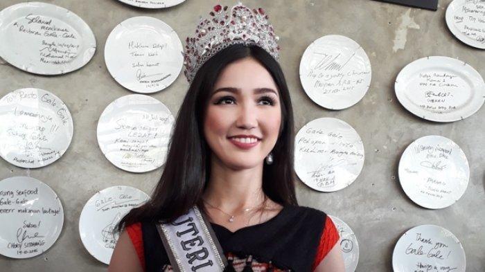 Jadi Wakil Indonesia di Ajang Miss Universe 2018, Intip Gaya Liburan Sonia Fergina