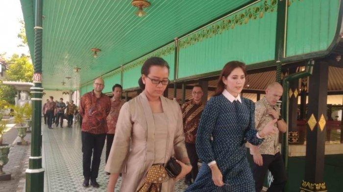 Putri Mahkota Denmark Nikmati Jamuan Makan Siang Nasi Kuning dan Rawon di Keraton Yogyakarta