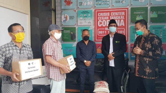 Bantuan PWI Pusat dan Dompet Dhuafa: Banyak Wartawan yang Sudah Tidak Bekerja Terdampak Covid-19