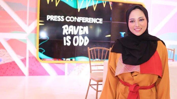 Rachel Vennya Dihujat Posting Foto Tanpa Hijab, Sang Ibu Ungkap Kebiasaannya Berbusana Sehari-hari