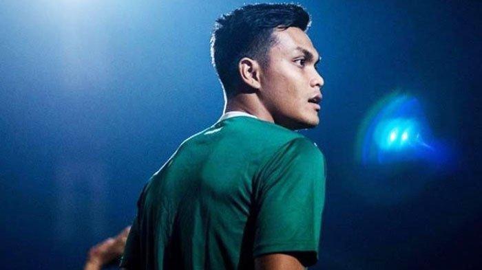 Rachmat Irianto (Rian) saat berlatih bersama Persebaya.